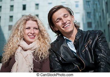 pareja, joven, juntos, feliz