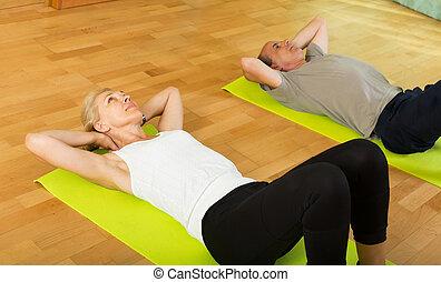 pareja madura, hacer, ejercicios