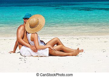 pareja, maldivas, playa, blanco, relajar
