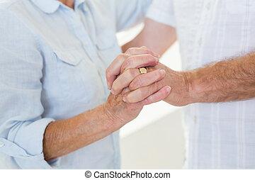 pareja mayor, juntos, bailando