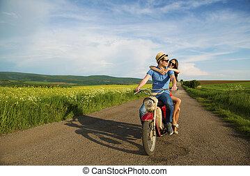 pareja, moto