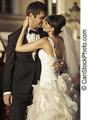 pareja, otro, matrimonio, cada, besar, encantador