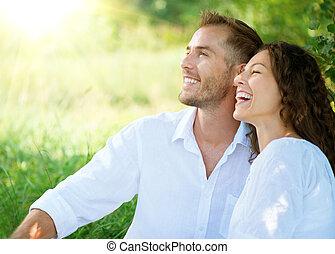 pareja, parque, sonriente, relajante, feliz