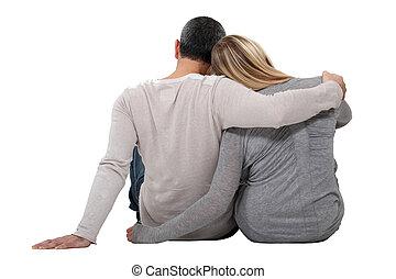 pareja que se abraza