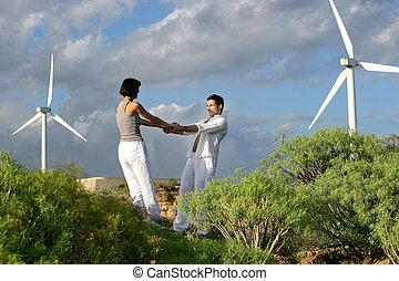 pareja, se paró, por, granja de viento