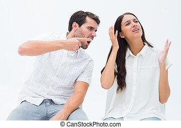 pareja, se sentar sobre sillas, discusión