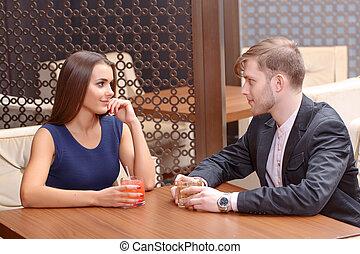 pareja, se sienta, café