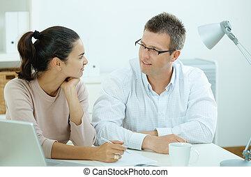 pareja, trabajando, hogar