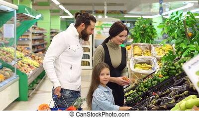 parents, achats, jeune, leur, faire, ils, légumes, choisir, fille, frais