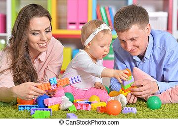 parents, peu, fille, jouer, heureux