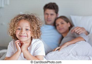 parents's, sien, garçon, lit, séance