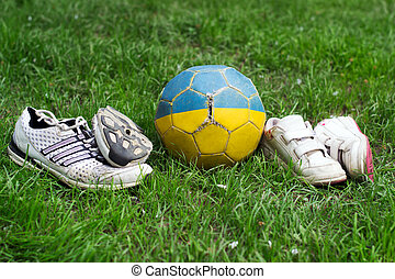 pares, bola, roto, sapatos, dois, esportes, futebol