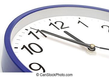 parete blu, orologio, cinque, verbale, a, dodici