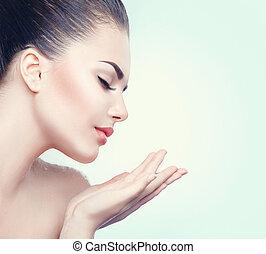 parfait, femme, beauté, espace, projection, main, paume, peau, spa, copie, ouvert, vide