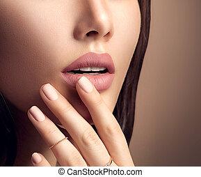 parfait, mode, naturel, rouge lèvres, femme, lèvres, mat, beige, maquillage, sensuelles