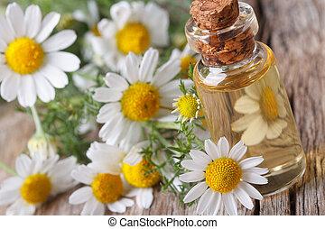 parfumé, huile, de, camomille, dans, bouteille verre, macro,...