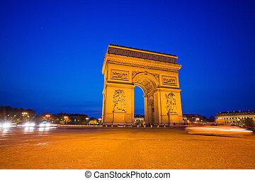 paris, france. arc de triomphe.