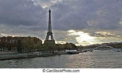 Paris France historical center rive - DSLR Full HD...