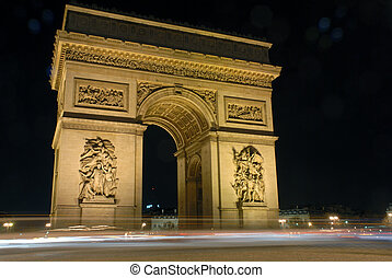 Paris, l\\\'arc de triomphe by night, long exposure shot,...
