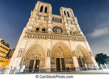 Paris, Notre Dame at night