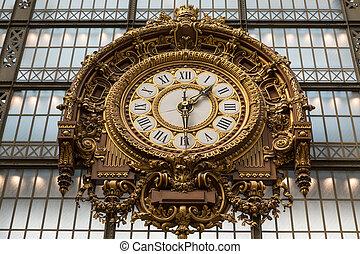 paris, -september, 7, 2014:, dourado, relógio, de, a, museu,...