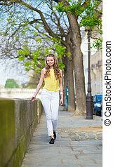 Paris, verão, andar, Dia