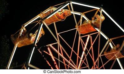 Park Ferris Wheel  In The Night