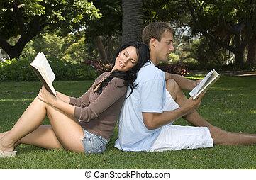 park, lezende