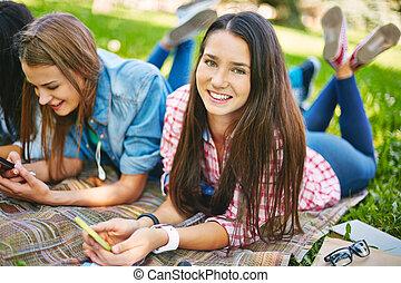park, nastolatki