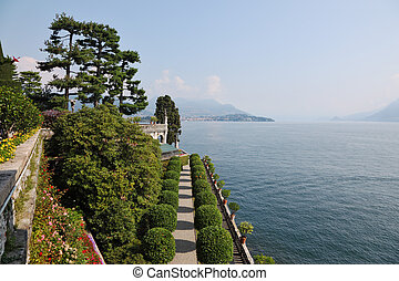 "Park on the island of""Isola Bella"""