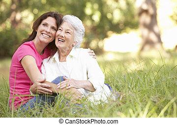 park, oude vrouw, dochter, volwassene