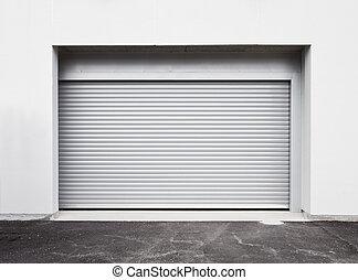 parkera bilen i garage dörren
