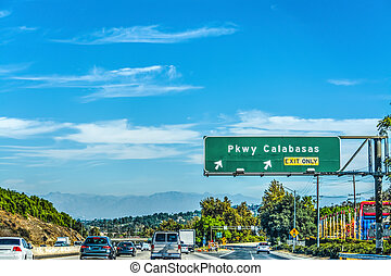 Parkway Calabasas exit sign on 101 freewa