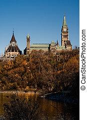 parlamento canadiense, edificios, en, colina del parlamento