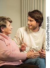 parlare, anziano, caregiver, donna