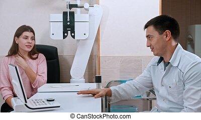 parler, bureau, -, ophtalmologiste, docteur, patient