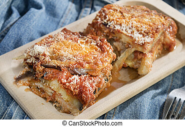 parmigiana of eggplants and mozzarella