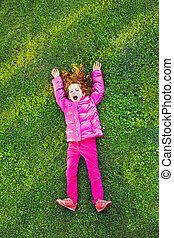 parque, verde, pelirrojo, niña, pasto o césped, acostado