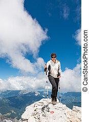 parte superiore montagna, arrampicatore, femmina, ascendente