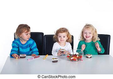 partido, crianças, cupcake