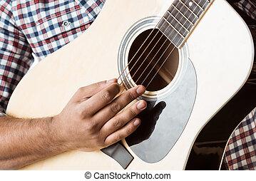 partiel, chemise, haut, guitare, fin, acoustique, homme, jouer, vue