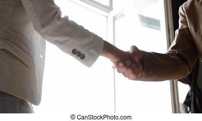 partnership., mains affaires, directeur, closeup, femme, employee., vue., secousse, homme