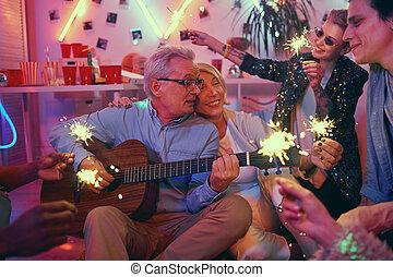 party, ältere paare, friends