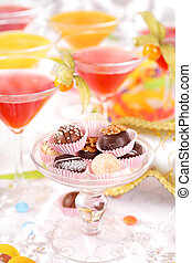 Party, party, party - Sweet pralines and coctails birthday...