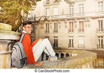 paryż, ulica, afrykanin, student, posiedzenie