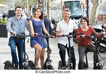 pary, rowery, na wolnym powietrzu, zawieszenie, dojrzały, młody