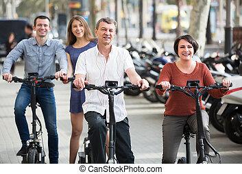 pary, rowery, zawieszenie, młody, dojrzały, na wolnym powietrzu