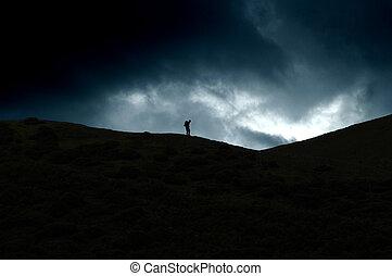 paseante, colina