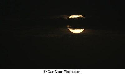 Venus across the disk of the Sun - Passage of Venus across...