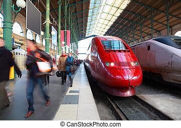 passager, gris, gens, paris, france, perron, station, aller, trains, ferroviaire, rouges
